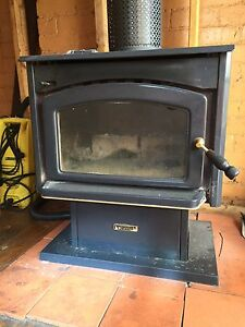 wood fire heater Clayton South Kingston Area Preview