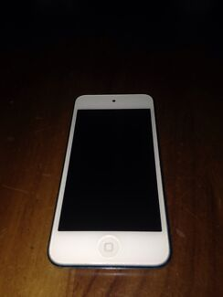 IPod Touch 5th Generation - 32GB Blue