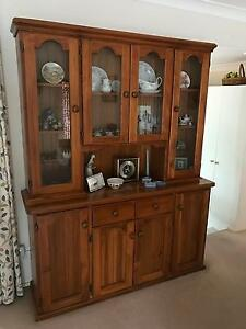 Feature buffet and hutch Pennant Hills Hornsby Area Preview