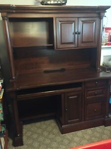 Solid Mahogany desk. Excellent condition