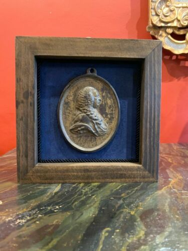 Grand tour Style Wall hanging Frame With Bronze Georgian Plaque Cameo Profile