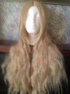 Blonde wig Aberglasslyn Maitland Area Preview