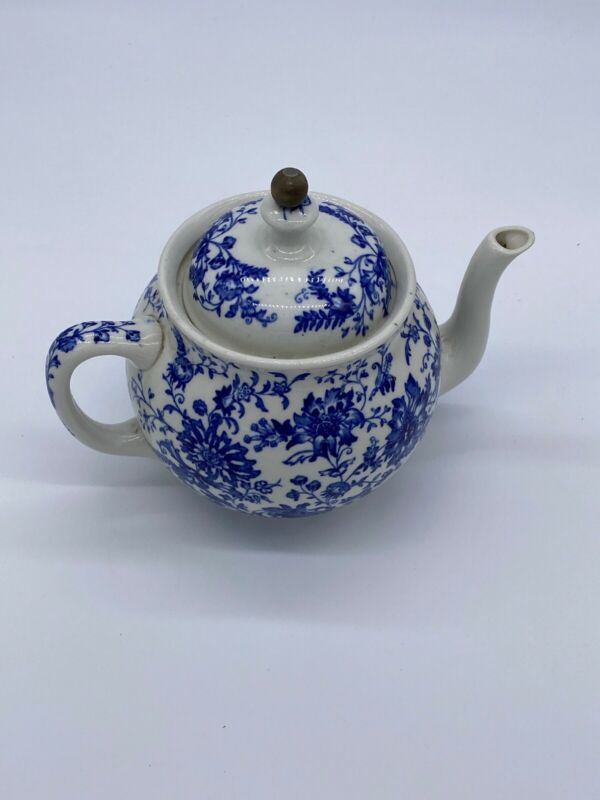 1900 Buffalo Pottery Teapot W Tea Ball Chain Blue White Floral Heavy