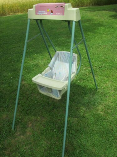 Graco Vtg Swyngomatic Baby Swing Battery Powered  Working Made in USA