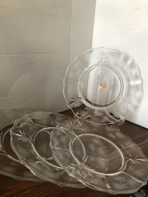 """Set Of 4 NEW Fostoria Etched Palm Lido Plates 7.5"""" diameter Clear Glass"""