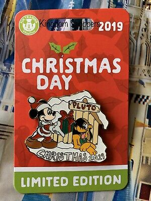 Disney Parks Christmas Day 2019 Mickey Mouse & Pluto Pin LE5000 In Hand ()