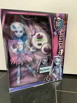 BNIB 2012 Monster High Abbey Bominable Ghouls Rule doll
