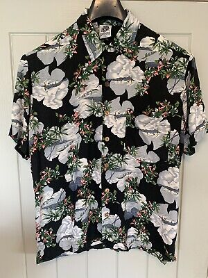 Kennington Ltd California Hawaiian Beach Holiday Shirt Floral Surfing Medium L