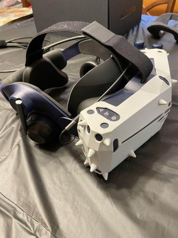 Pimax 8K X with KDMAS Audio Strap
