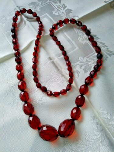 Vintage Art Deco Red Cherry Amber Bakelite Faceted Bead Necklace 31""