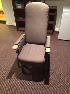 Chaise sur bille, teraglyde