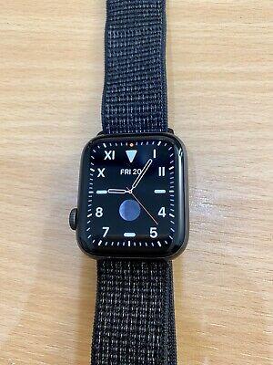 Apple Watch Nike+ Series 4 GPS 44mm - Space Grey Aluminium - Black Sports Loop