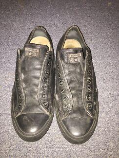 Black leather converses / size uk 11 $10 Underwood Logan Area Preview
