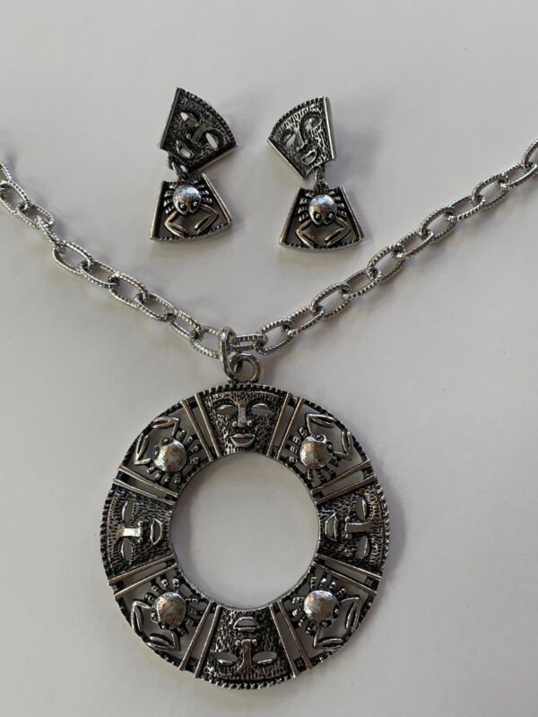 Vintage Sarah Coventry Crab & Face Pendant Silver Tone Necklace & Earrings Set