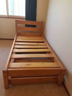 Trundle Beds x 2 in great condition