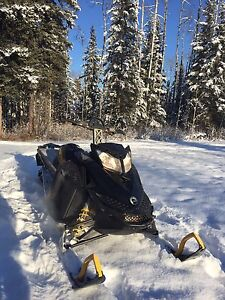 2012 Summit SP 800 for trade