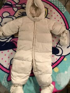 Gap snowsuit 12-18 months