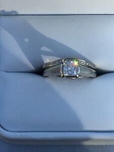 14kt white gold engagement ring with diamond certificate