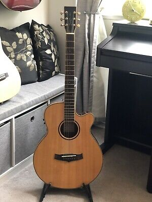 tanglewood acoustic guitar (TRSF-CE) Rosewood. Electric Acoustic.