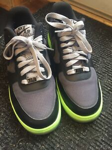 Nike air size 7 lightly used