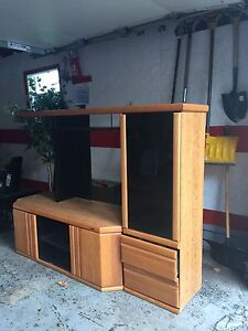 Beautiful TV unit stereo stand