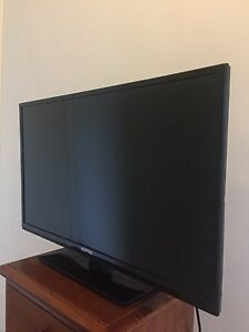 "SONIQ 32"" HD LCD TV New Farm Brisbane North East Preview"