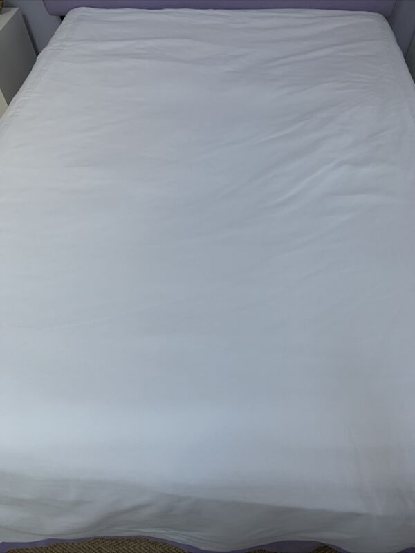 Leontine Linens White Pique Coverlet Queen      (As Is)