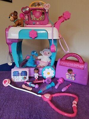 15 piece Lot Of Disney Doc McStuffins Hospital Care Clinic Cart.](Doc Mcstuffins Cart)