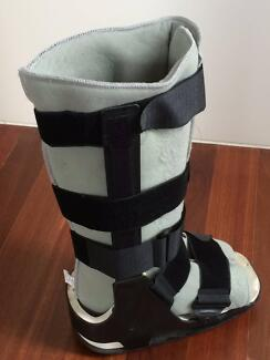 Moon Boot For Sale Hawthorn Boroondara Area Preview
