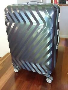 American Tourister Zavis Large 77cm Hardside Suitcase - As New St Ives Ku-ring-gai Area Preview