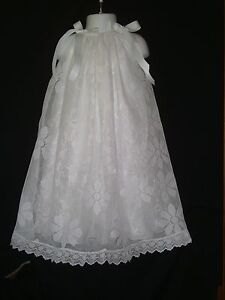 Simply Beautiful White Long lace daisy Christening Baptism gown size 0-12 months