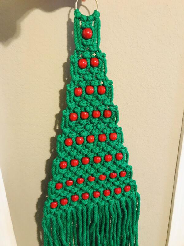 Vintage Macrame Handmade Mid Century Retro CHRISTMAS TREE Wall/Door Wood Beads