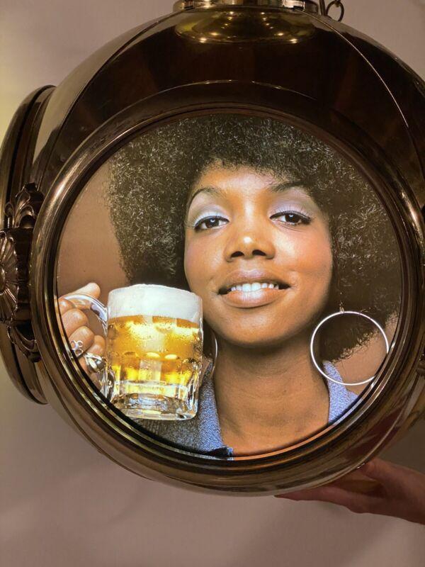 Large Vintage 1972 Schlitz Rare Beer Light Sign LOOK
