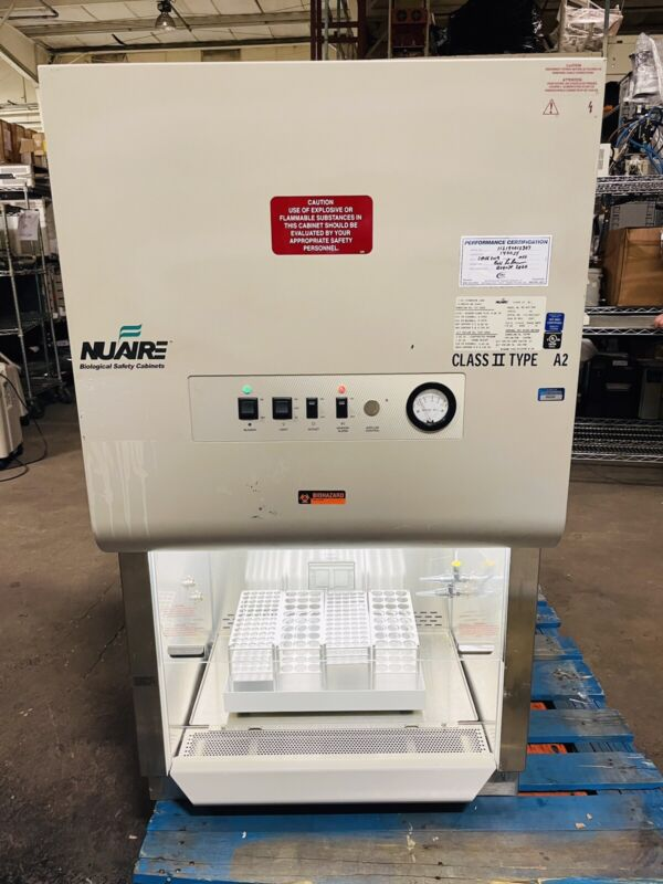 Nuaire NU-425-200 Laminar Flow Biological Safety Cabinet Class II Type A2