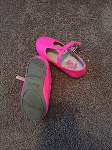 Various toddler girl clothing and shoes