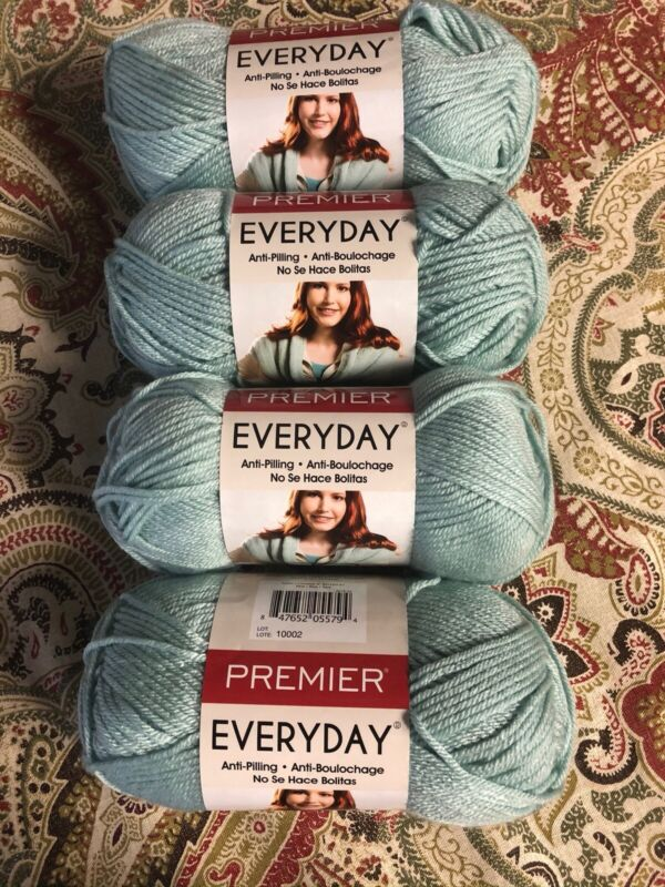 Yarn, Lot ,Worsted,blue Coral