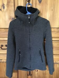 Ladies Bench jacket -- size Small
