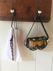 Quiksilver Mens Ski Snowboard goggles Camp Hill Brisbane South East Preview