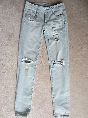WOMENS AMERICAN EAGLE AEO LIGHT BLUE DISTRESSED LOW RISE BEST FIT JEANS SIZE