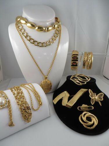 All Signed MONET Vintage 15 piece Necklace, Bracelet, Brooch Gold Tone Lot