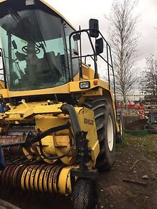 2002 FX 58 New Holland forage harvester