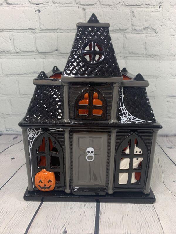 Slatkin & Co. Halloween Haunted House Luminary