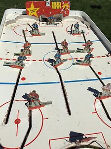 "Rare Munro table top ""ELECTRIC HOCKEY MASTER GAME."" As is."