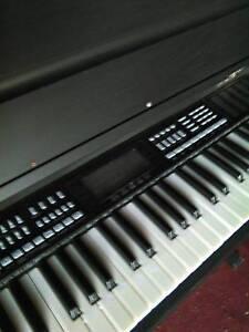 electric piano keyboard Sellicks Beach Morphett Vale Area Preview
