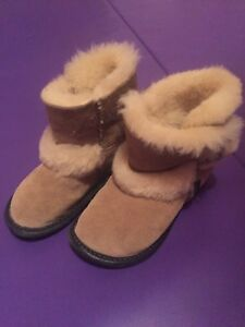 Sheep skin boot slippers