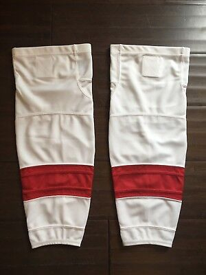NEW Firstar Stadium Pro Junior White   Red Hockey Socks . Detroit Red Wings  NWT 1092afd78