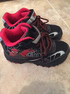 Spider-Man Shoes for boys! New - Size 1.5