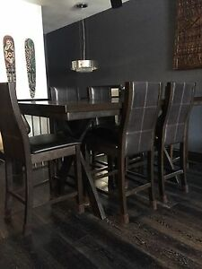 6 chair dining room set - reduced