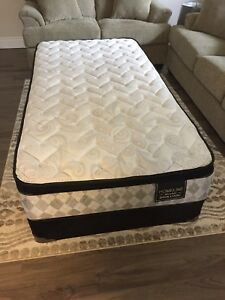 Twin Mattress Set - Pillow Top