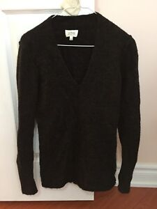 Aritzia Wilfred Small Sweater